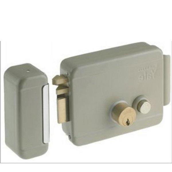 Yale Electric Door Lock (Italy)
