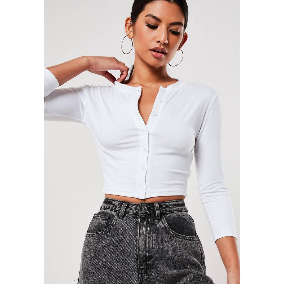 White Long Sleeves Button Front Crop Top For Women Xe-01