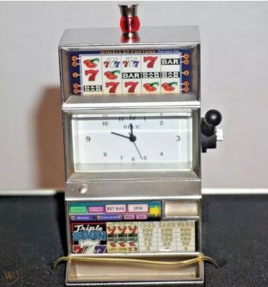 Limited Edition Antique Antique Slot Machine Clock Desk Clock Without Box:  Buy Online at Best Prices in Pakistan | Daraz.pk