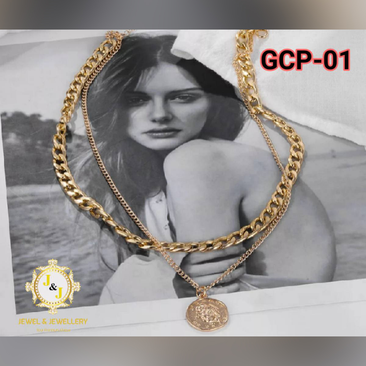 Multi-layered Thick chain Vintage Gold Coin Pearl Choker Necklace