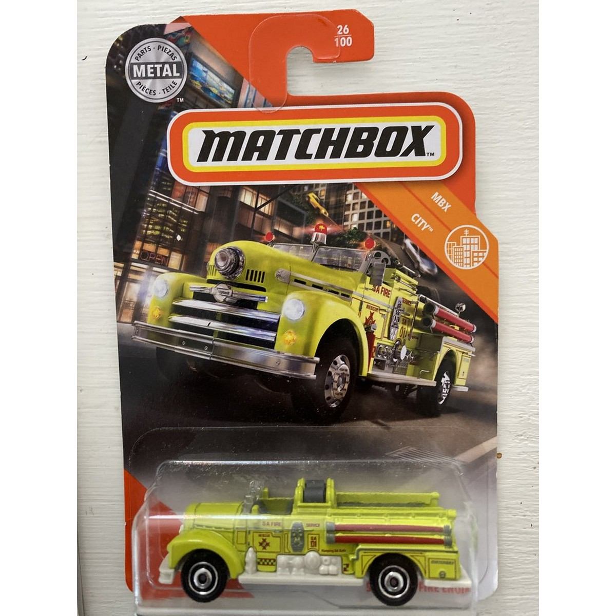 Matchbox Seagrave Fire Engine  - 1/64 scale diecast model