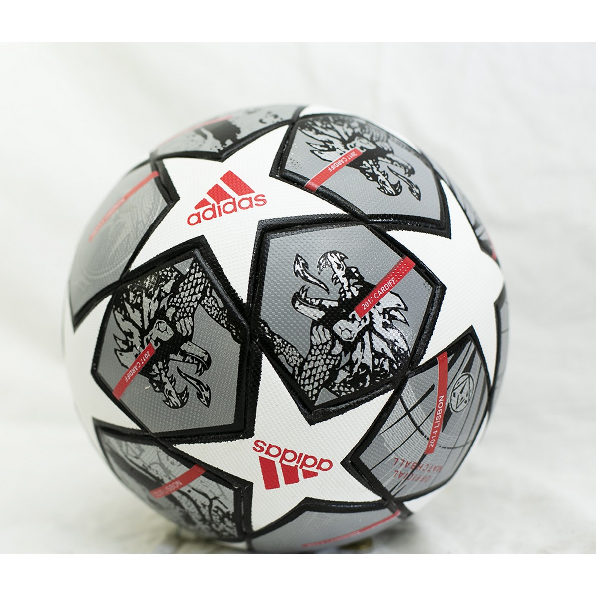 Thermal Moulded Football Size 5 Official Size and Weight