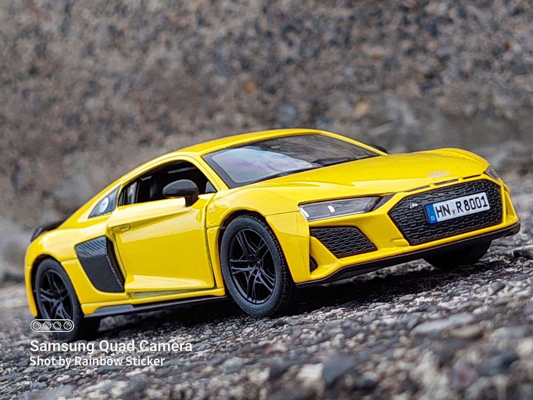 Kinsmart 2020 Audi R8 Coupé - 1:36 scale diecast (5 inches)