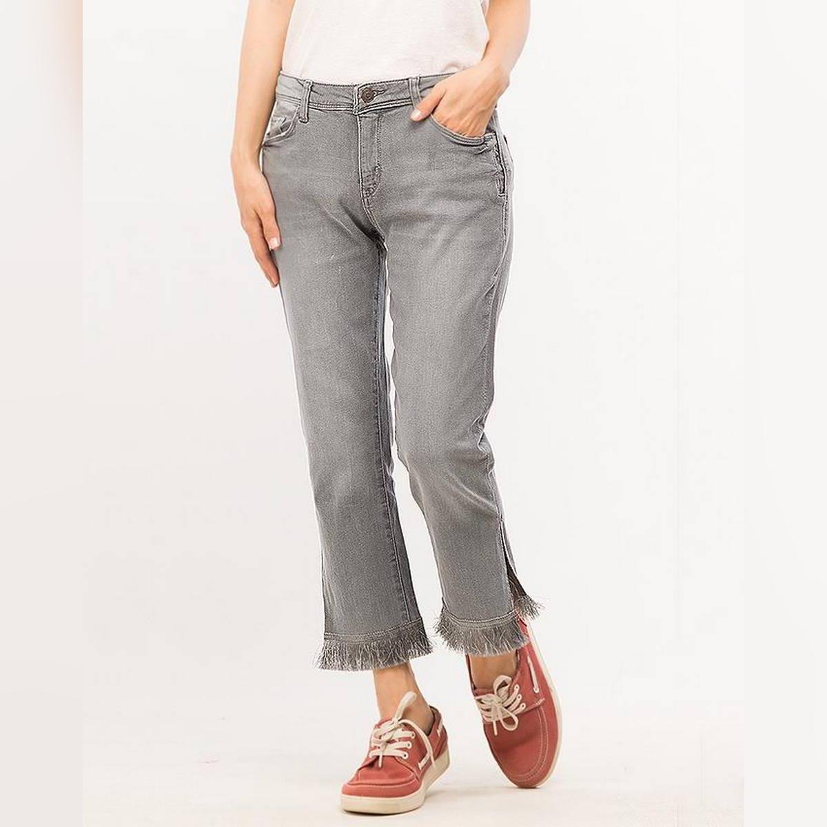 Grey Denim Capri Jeans For Women