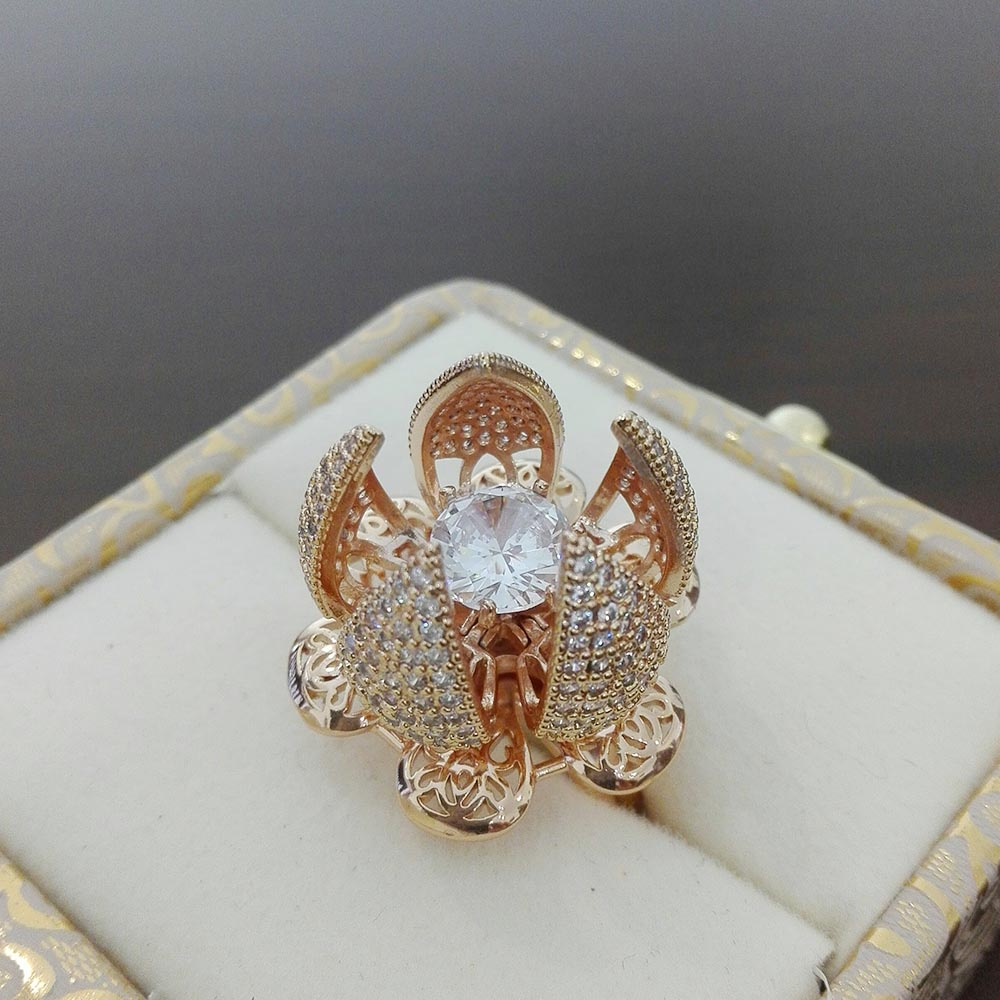Adjustable Trendy Flower Bloom Zircon Movable Flower Ring For Girls & Women With Free Gift