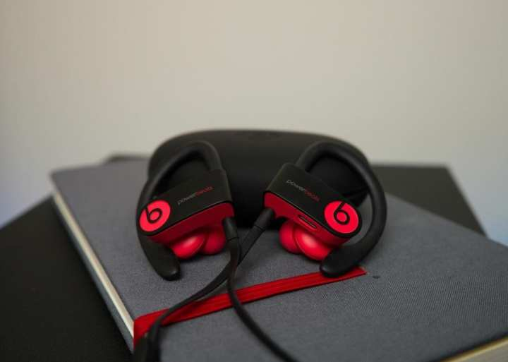 Power Beats 3 Bluetooth Wireless Handsfree