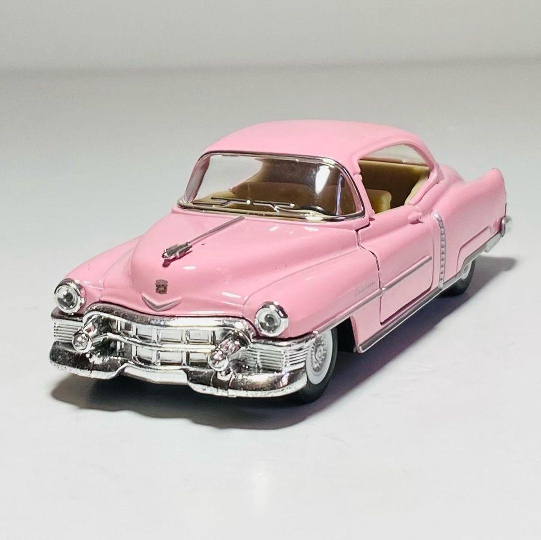 Kinsmart 1953 Cadillac Series 62 Coupe Diecast Car