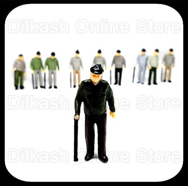 Miniature Little People Figures – Dollhouse Miniatures People (Character 1)