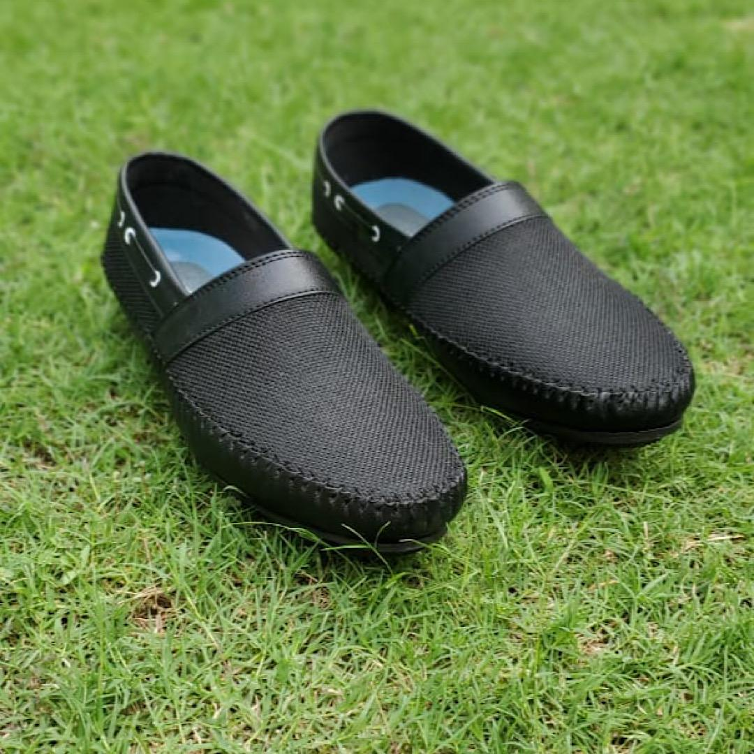 Importia Sack Textured Jet Black Synthetic Leather Loafer Shoes