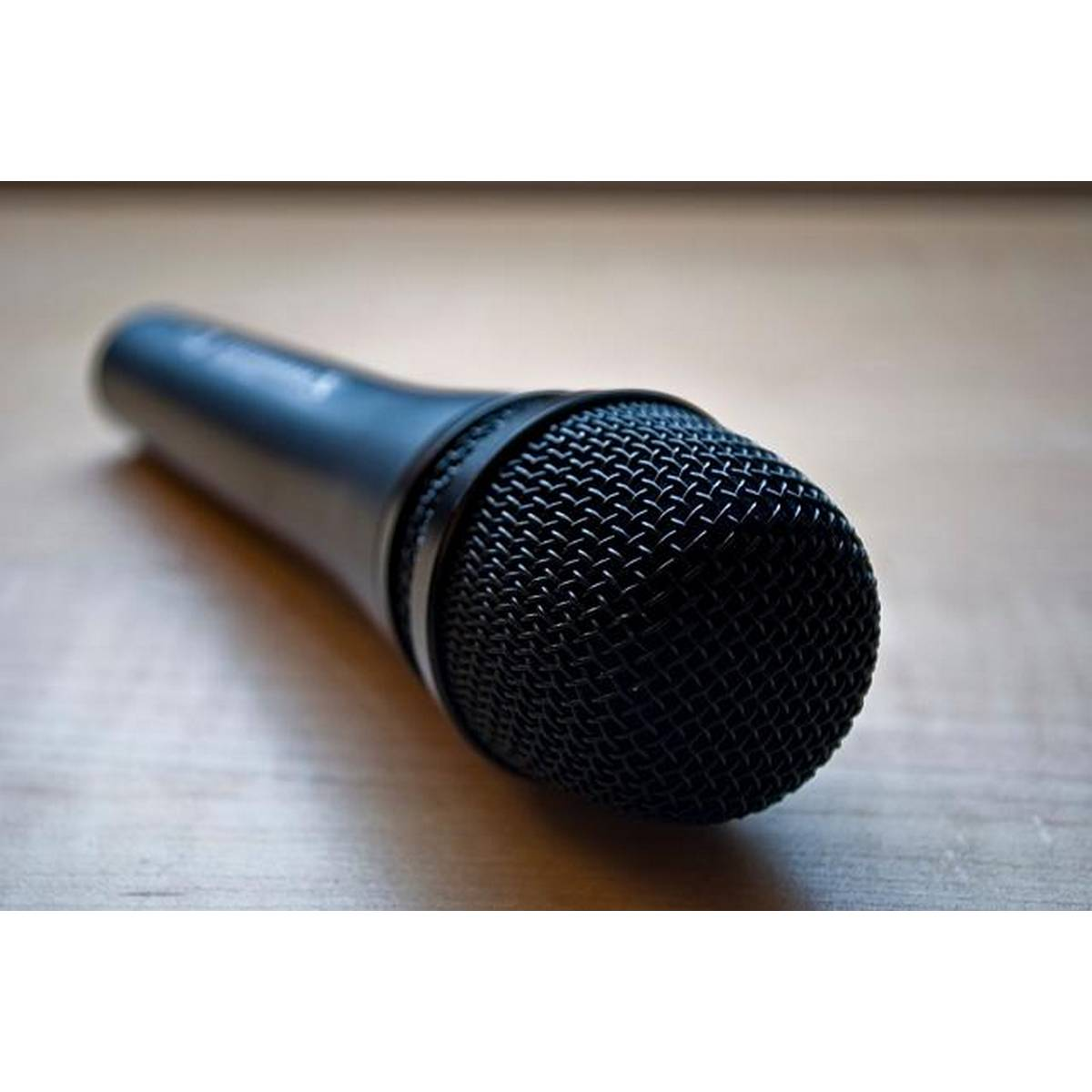 Professional Microphone Hi-fidelity Dynamic Microphone With 6.5mm Pin (Not For Mobile)