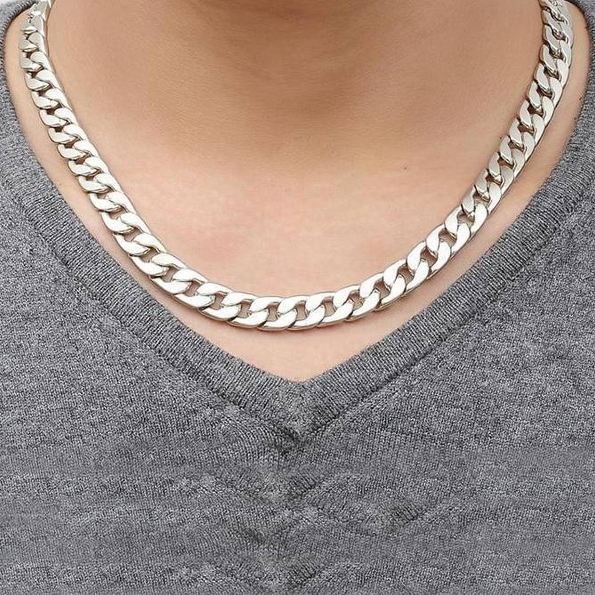 TRENDY THICK AND HEAVY SILVER NECK CHAIN