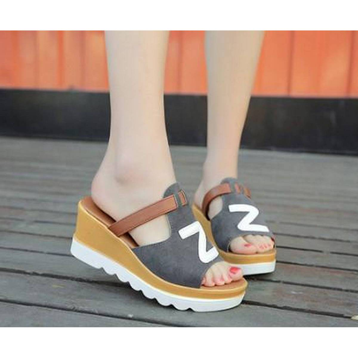 KOREAN VERSION FISH MOUTH THICK BOTTOM CASUALS SANDALS-GREY