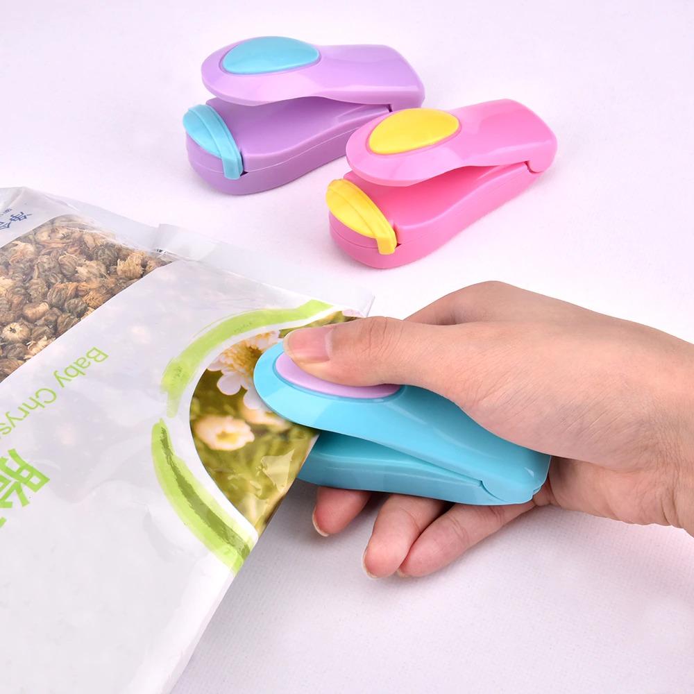 New Mini Kitchen Gadget Sealing Machine Portable Shrink Wrapper Plastic Bag Storage Bags Convenient Sealers Simple Snack Packer