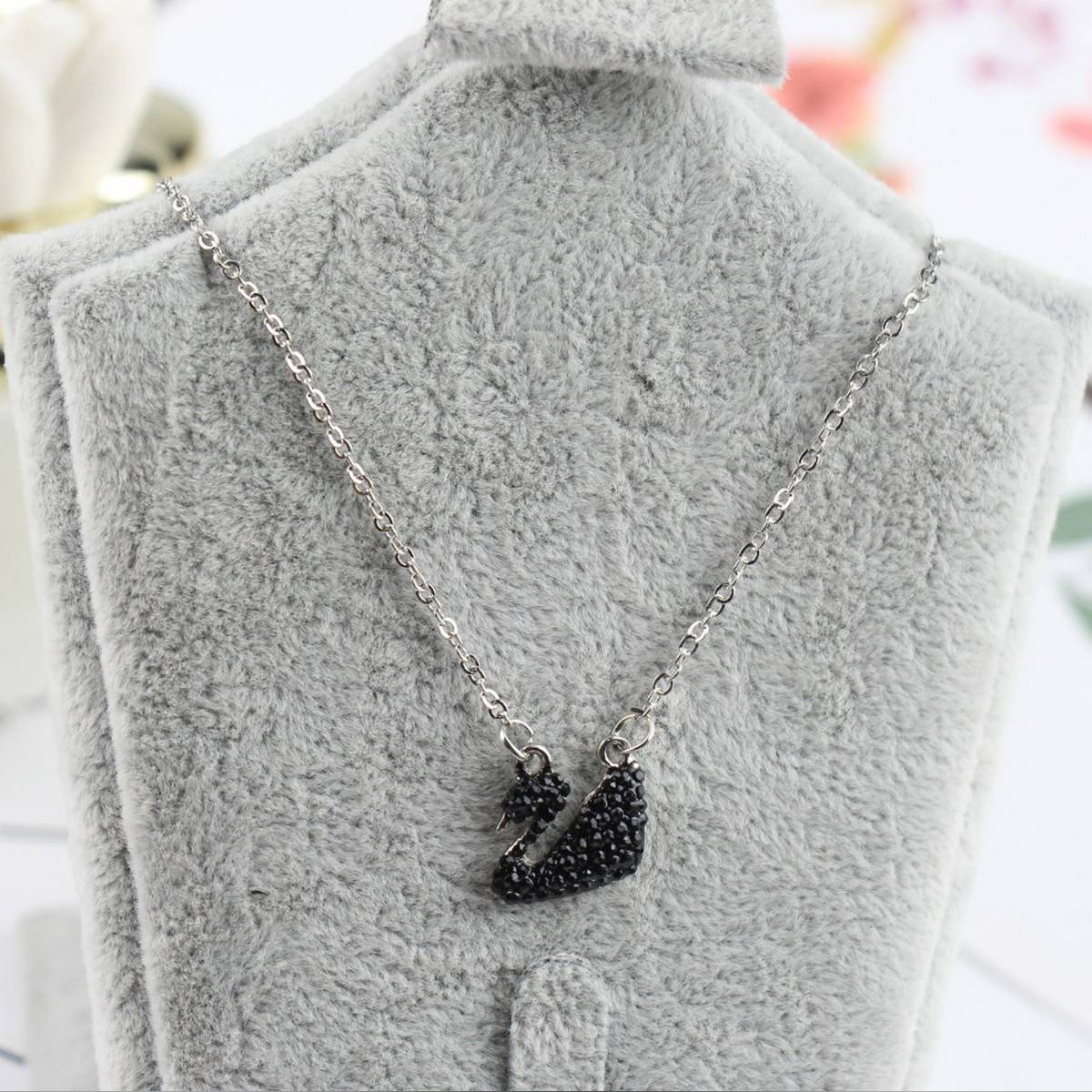 Swan Pendant Necklace For Women - New Arrivals