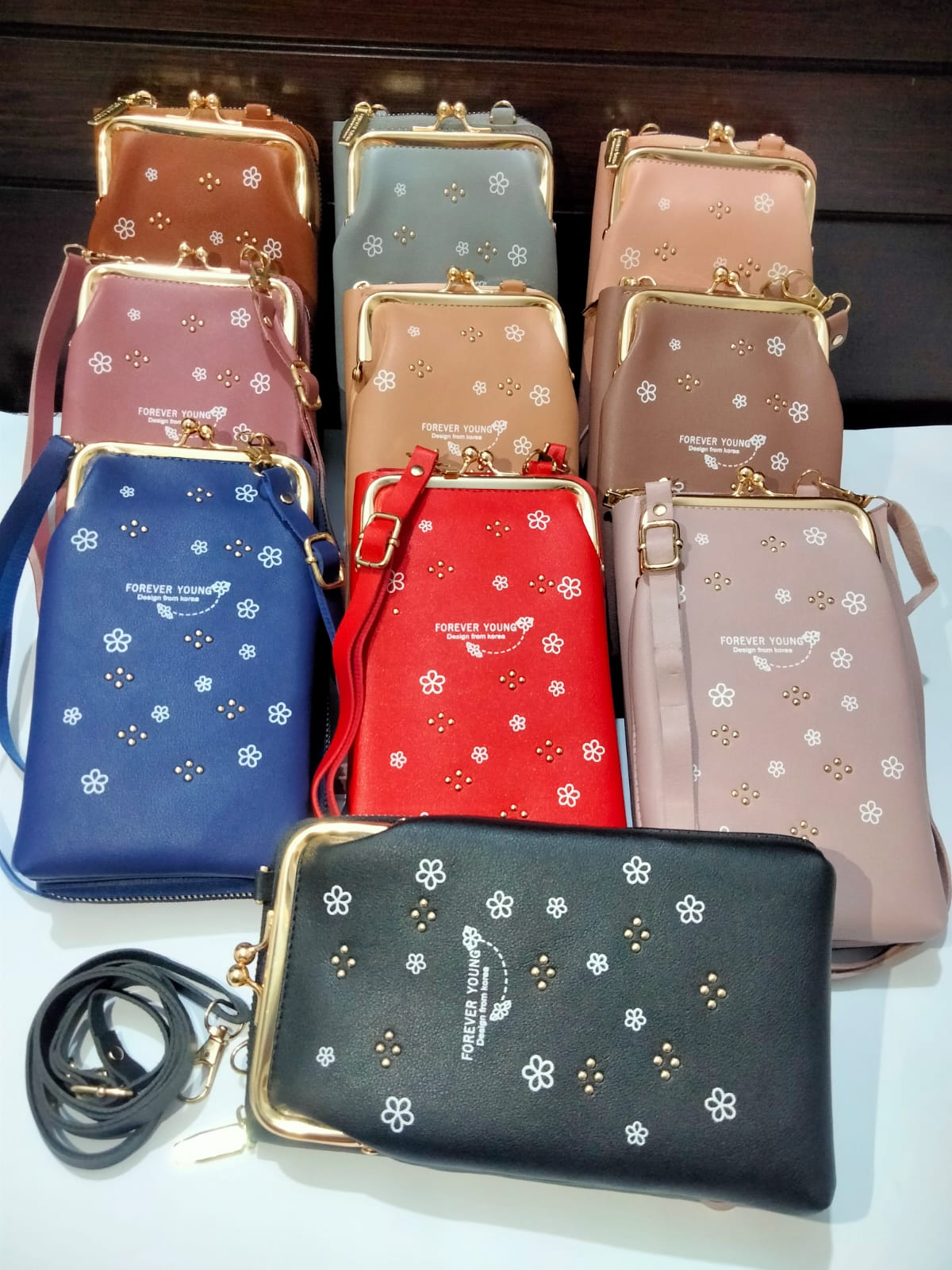 Stylish Mobile & Money Sling Ladies Wallet  Hand Bags Shoulder Bag with Long Strap for Girls Multipurpose Zip Purse Mini Crossbody Bag PU Leather
