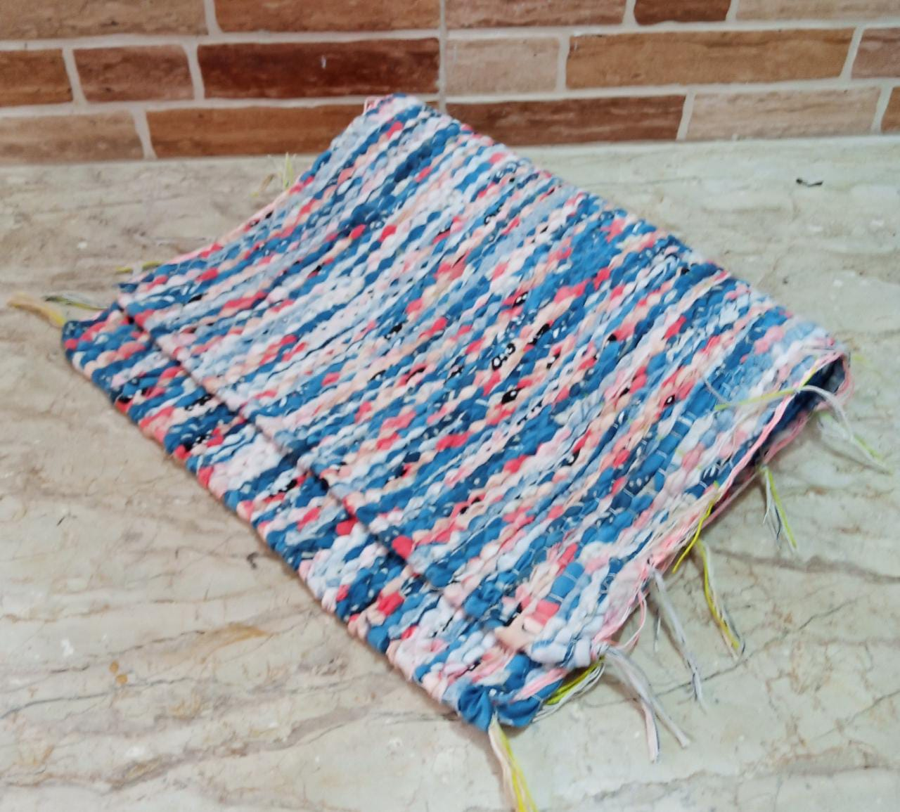 Hand Woven Rug Mat With Tassels Throw Rugs 20 X 30 Inch Door Mat, Indoor Area Rugs for Bathroom Bedroom Living Room Laundry Room
