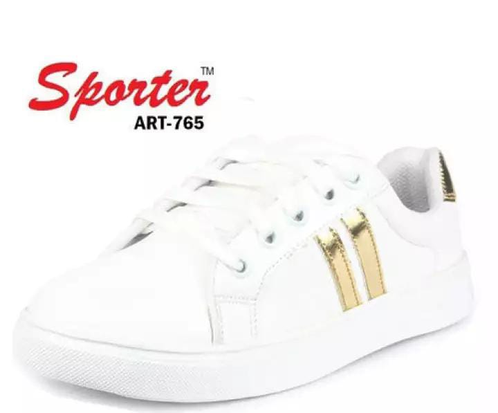 Sneakers for girls: Casual and stylish sneakers