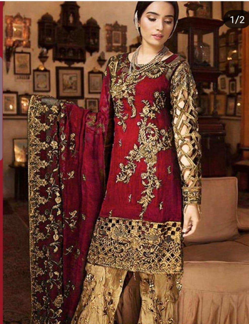 Buy Women's Pakistani Dresses & Traditional Clothing Online