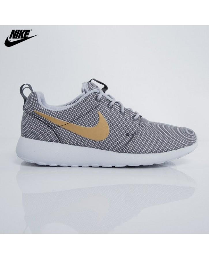 c1018a4fab MEN'S ROSHE ONE GREY YELLOW CASUAL SHOES
