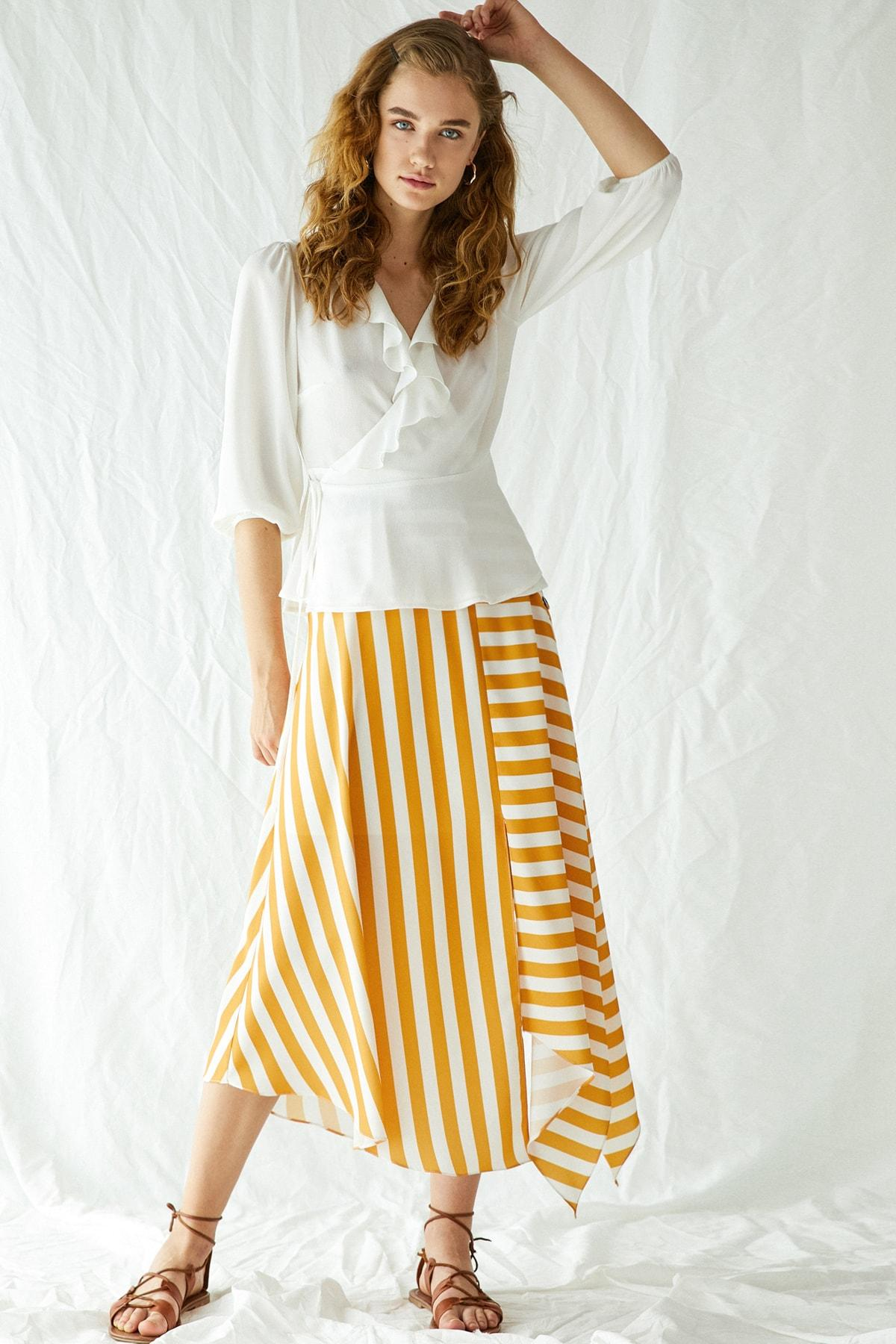Koton Women's Yellow Striped Skirt 9KAF70141OW