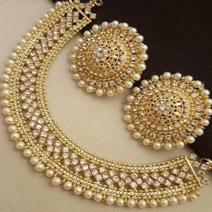 Pearl Silver & Golden Set With Tops For Woman der