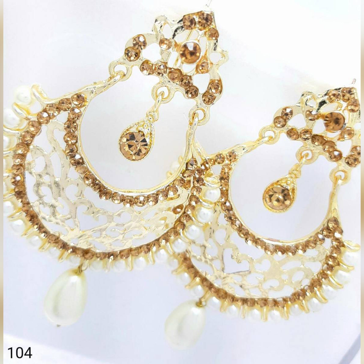 Golden Latest Fashion EarRing white pearl