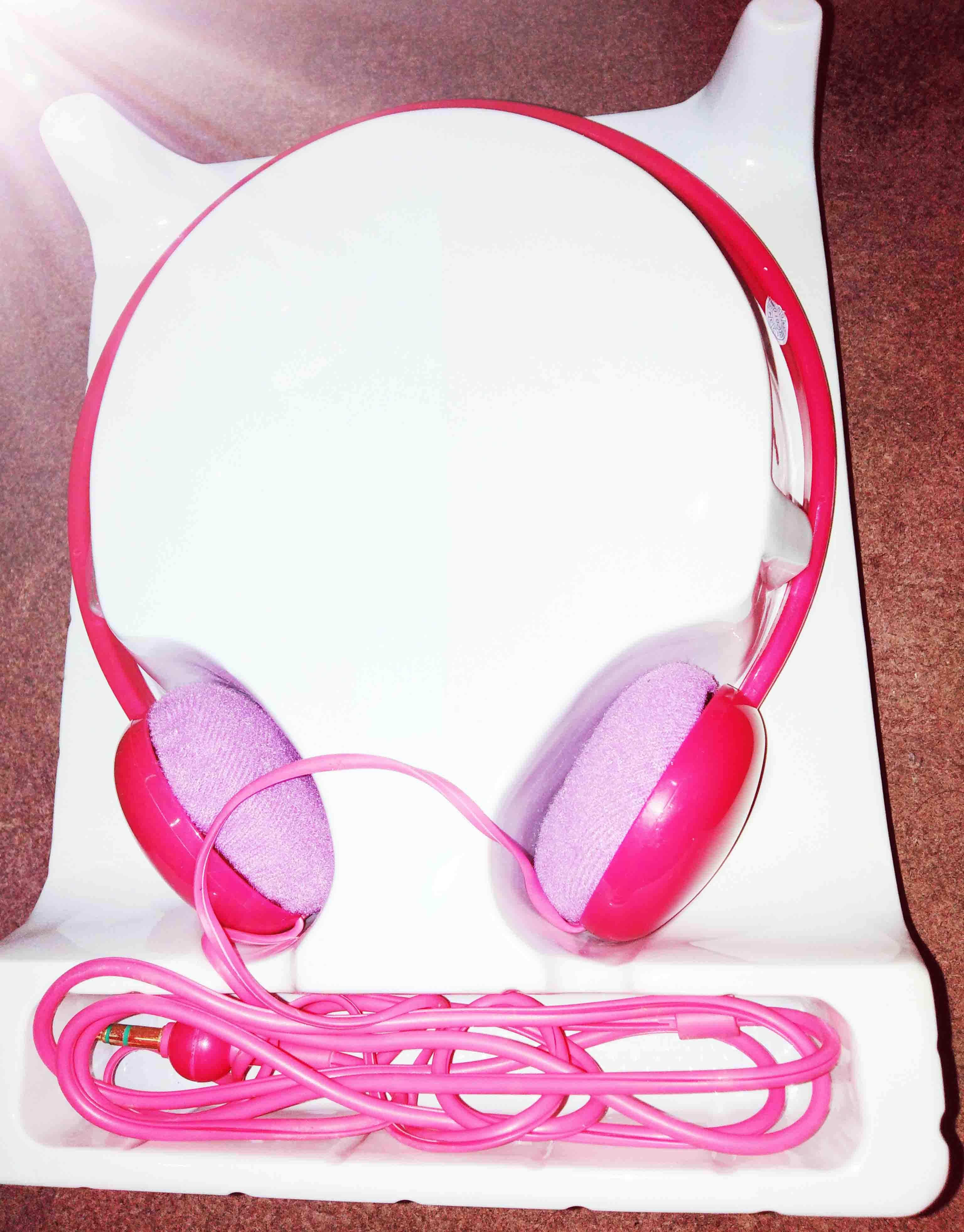 Wired Headphones For Mobiles And Laptops Light Weight