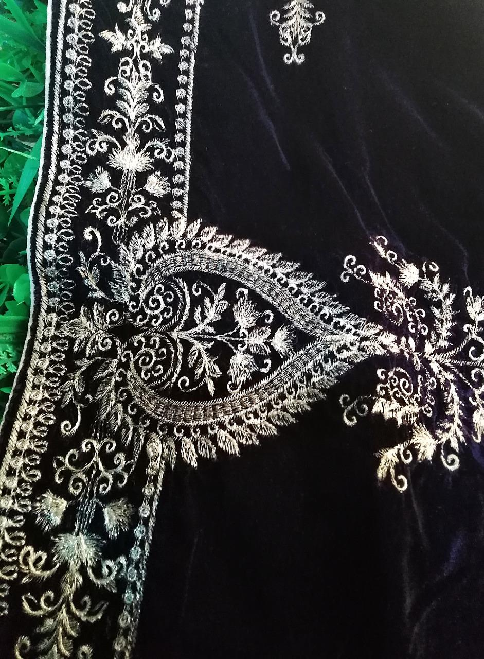 Women S Soft Velvet Shawl With Embroidery Design Buy Online At Best Prices In Pakistan Daraz Pk