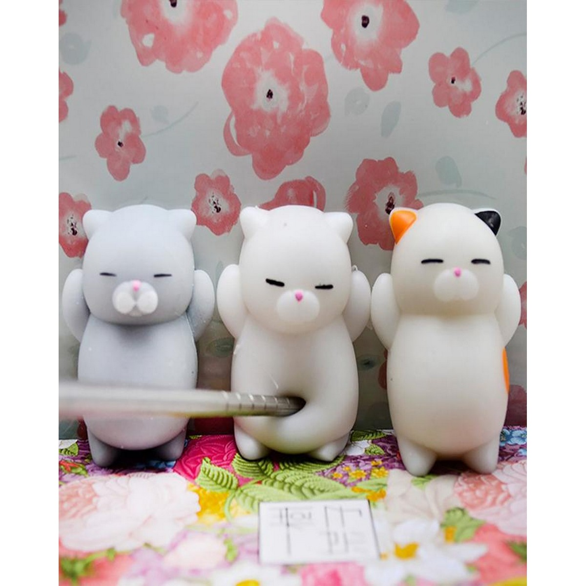 Cartoon Cat Squishy Toy Stress Relief Soft Mini Animal Squeeze toy