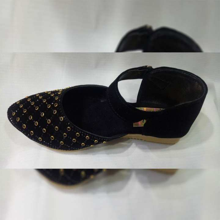Black Casual Pumps Style Sandals for Women