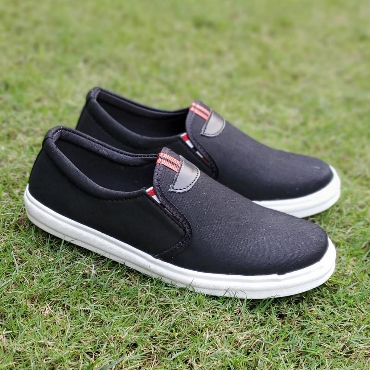 Men's Jet Black Colour Classic Heavy Denim Fabric Sneakers For Men