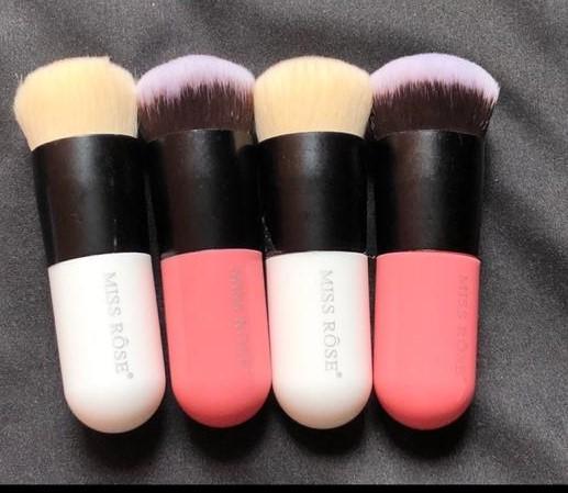 Miss Rose Chubby Pier Foundation Brush Kabuki Makeup Brushes Professional Cosmetic Makeup Brush