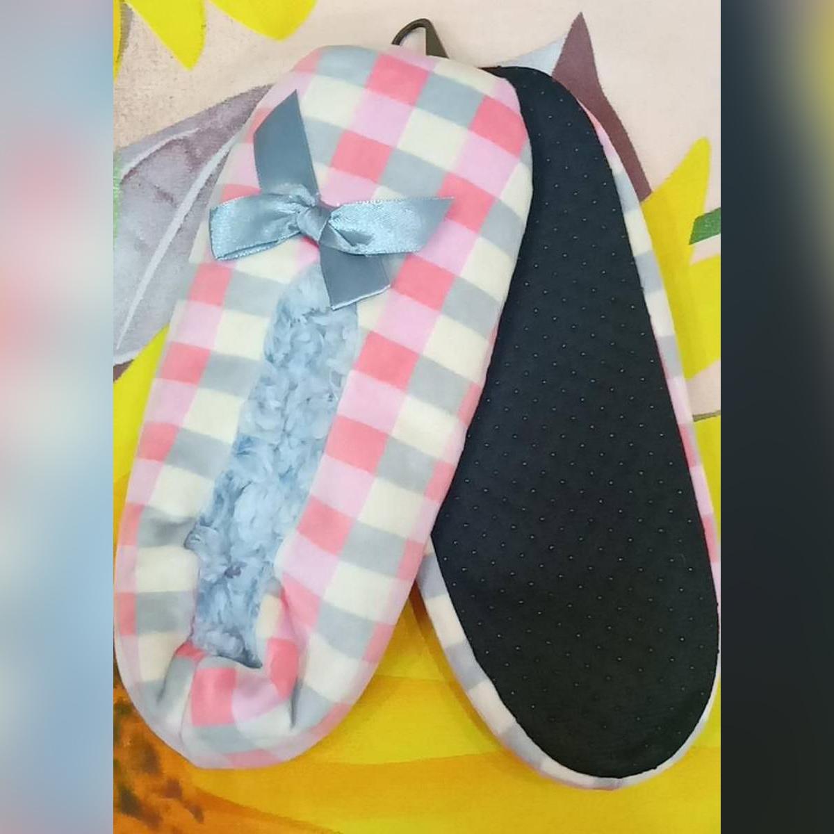 Ladies/Girls Carpet SLippers - Polar Fleece Slippers-Indoor Wear-Washable- House Slippers