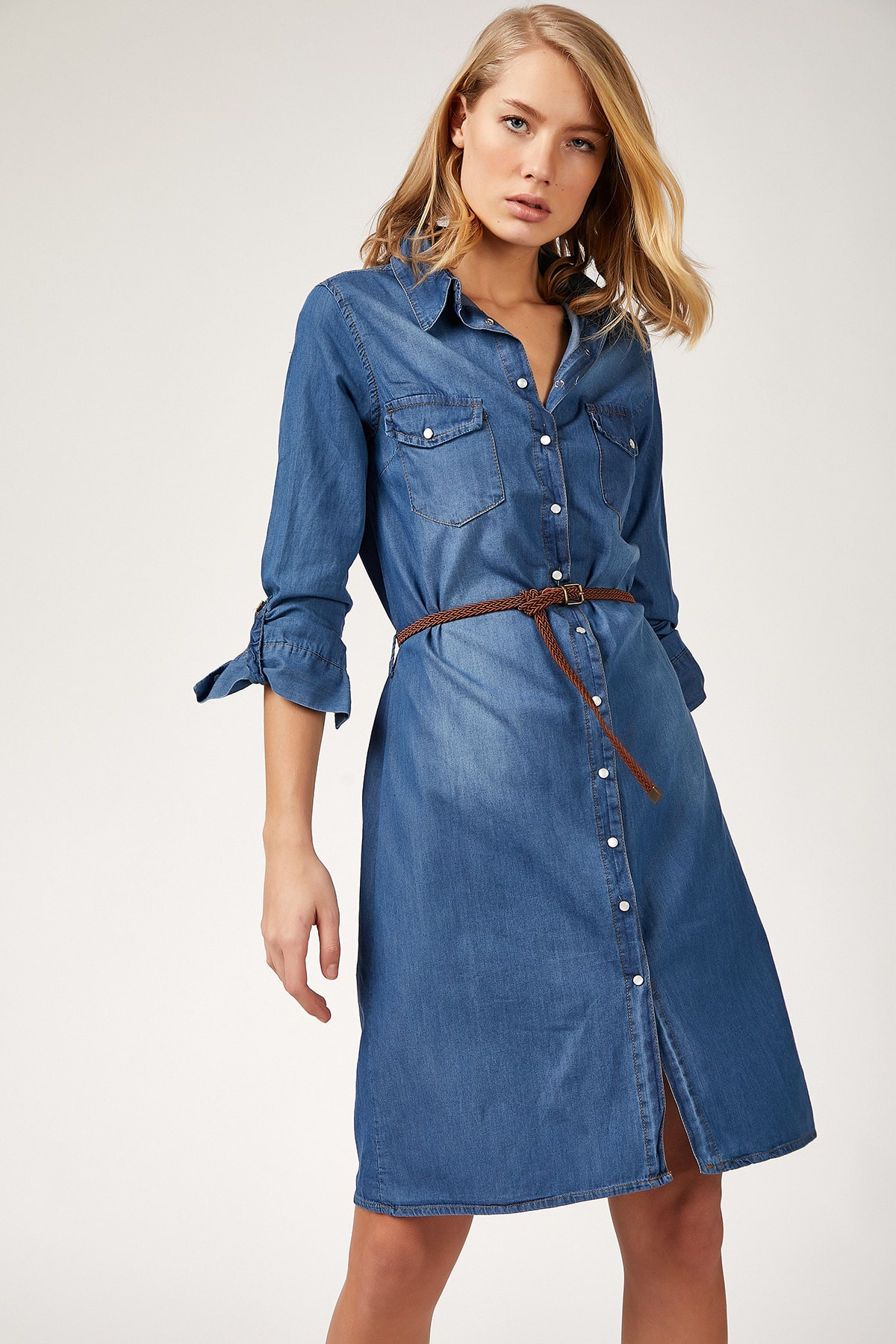 Happiness Ist. Women's Medium Blue Belt Denim Dress CX00004