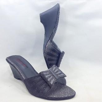 Elegant Black Wedge Heeled Sandal For Women Fashion