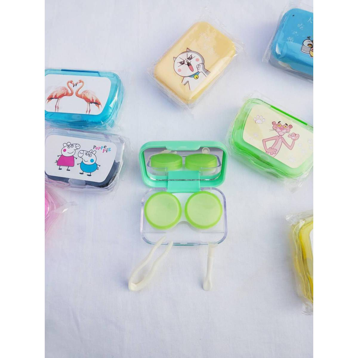 Plastic Contact Lens Case Travel Kit Easy Take Container Hold Cute Style Pocket Mini Lenses Storage Box - Random Color