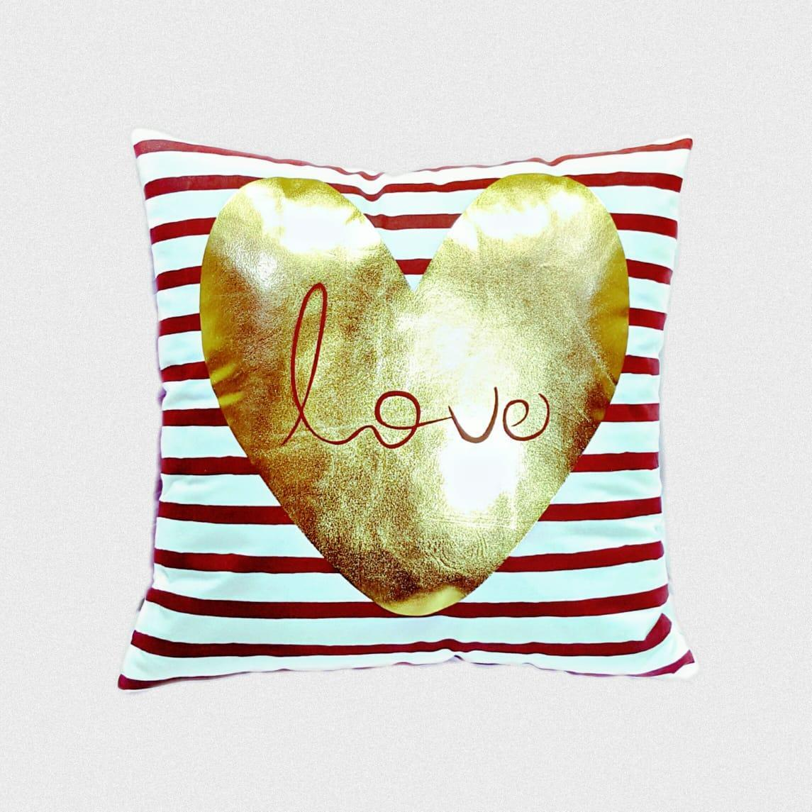 Love print cushion cover without filling