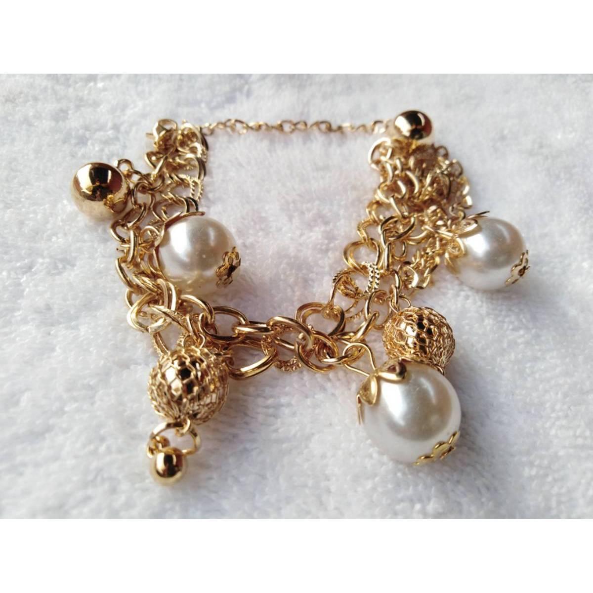 Simple Golden Pearls Bracelet For Girls/Ladies/Women valentine day gift