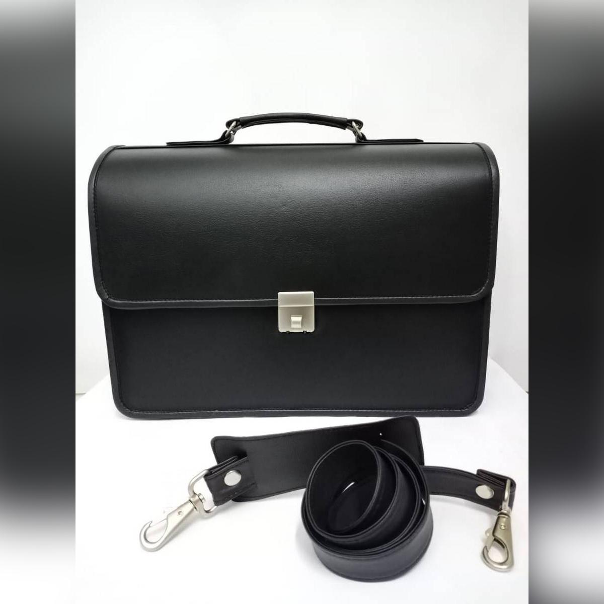 Elegant leather bag (PU) / leather men's bag / spacious bag / men office bag / travel bag / lock bag / luggage bag /shoulder bag / briefcase bag / anti-theft bag / big bag / laptop bag / business bag / executive PU leather bag / file bag/ document bag