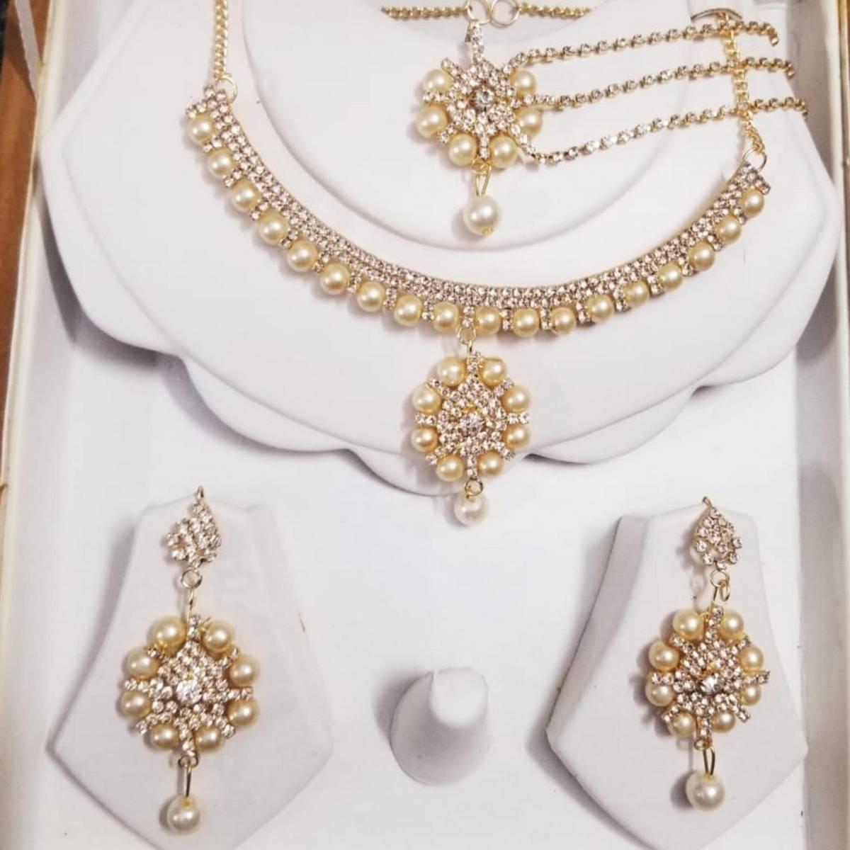 Golden Jewellery Zircon Set  with White Pearl