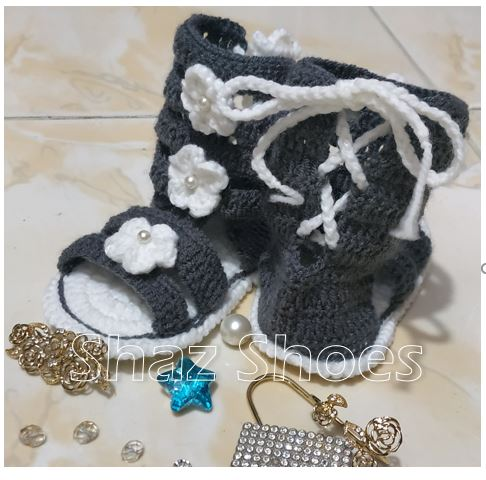 Hand made woolen shoes/Boots for girls (Gray) suitable for baby 1 to 2 years