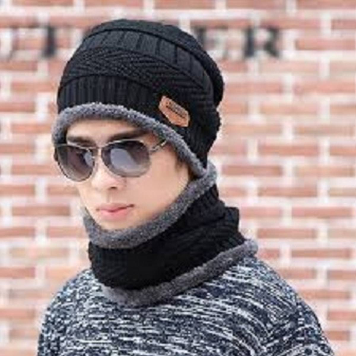 New Stylish Winter Hats, Ladies And Gents Hot Knitted caps and Neck Warmer Mask 2 in 1 Scarf Beanie for Kids, Boys & Girls Hat and Neck Warmer For Mens And Womens.