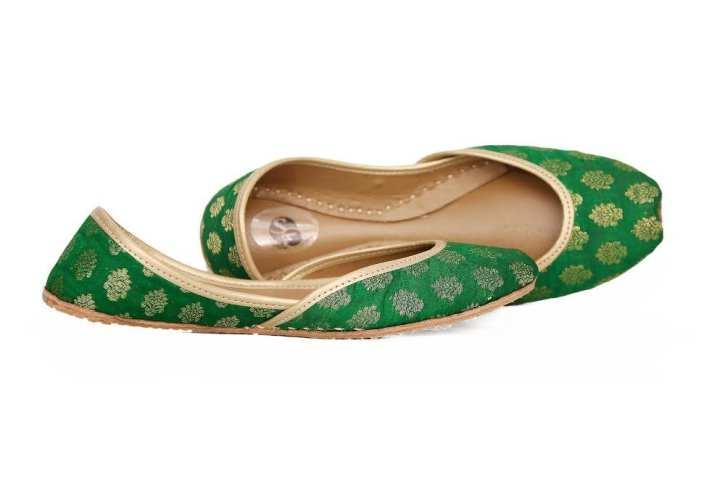 Green banarasi khussa