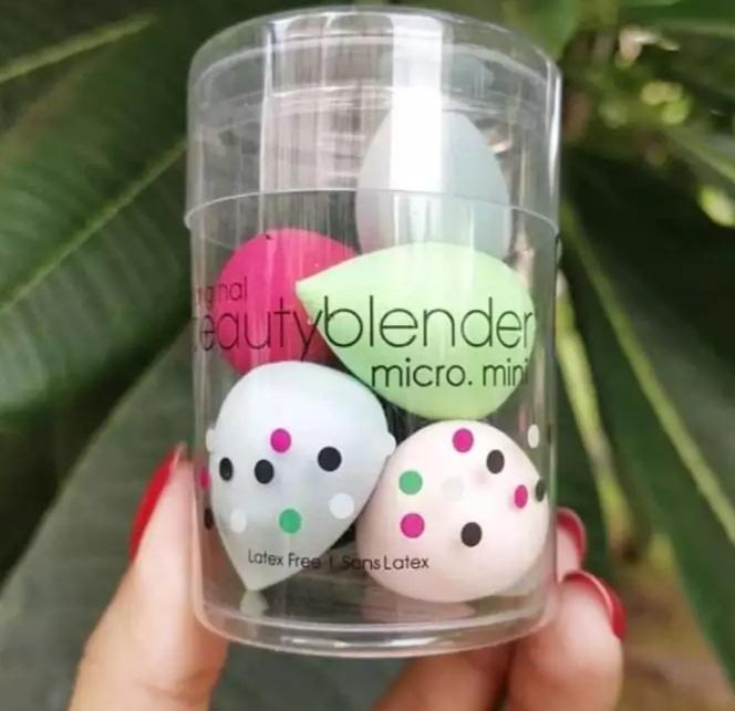 Pack of 4 mini Foundation Sponge Blender Beauty Makeup Blenders High- Quality Blending Facial Makeup Sponge Beauty Powder Puff Make Up complexion sponge Flawless beauty makeup mini-blender