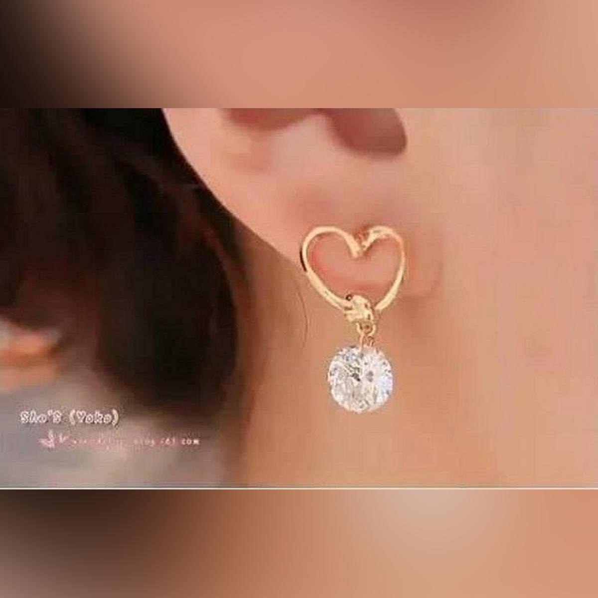 Korean Hot Fashion Golden Heart Shape Crystal Rhineston Girls Earring Women Earrings Ladies Earring Love Earrings Fashion Earrings Romantic Earrings