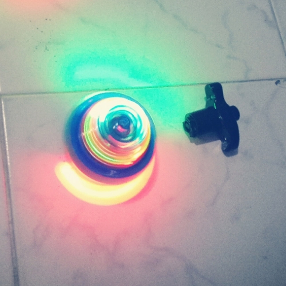 UFO Spinning Top Toy with LED and Music, Flashing Music Gyro