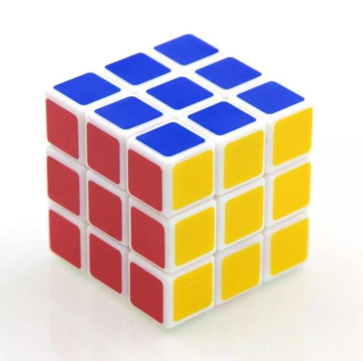 Rubik's Cube 3x3 Magic Cube Smooth Fast Speed Rubix Rubiks Puzzle Kids Gifts