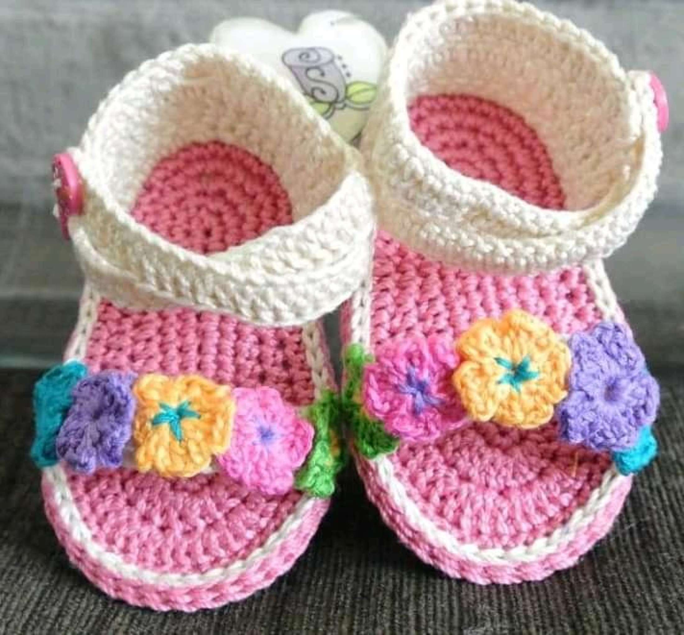 High Quality Wool Hand Made Booties / Shoe For Newborn Baby Boy & Girl For Winter