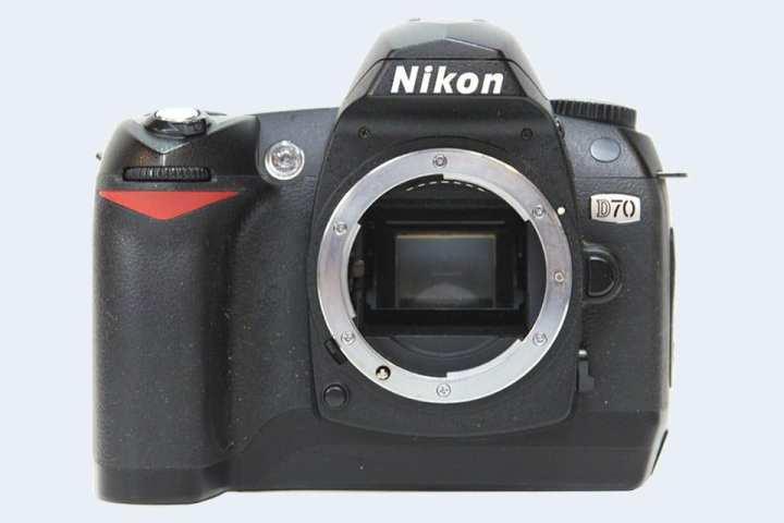 Nikon D70 Dslr Body -Black