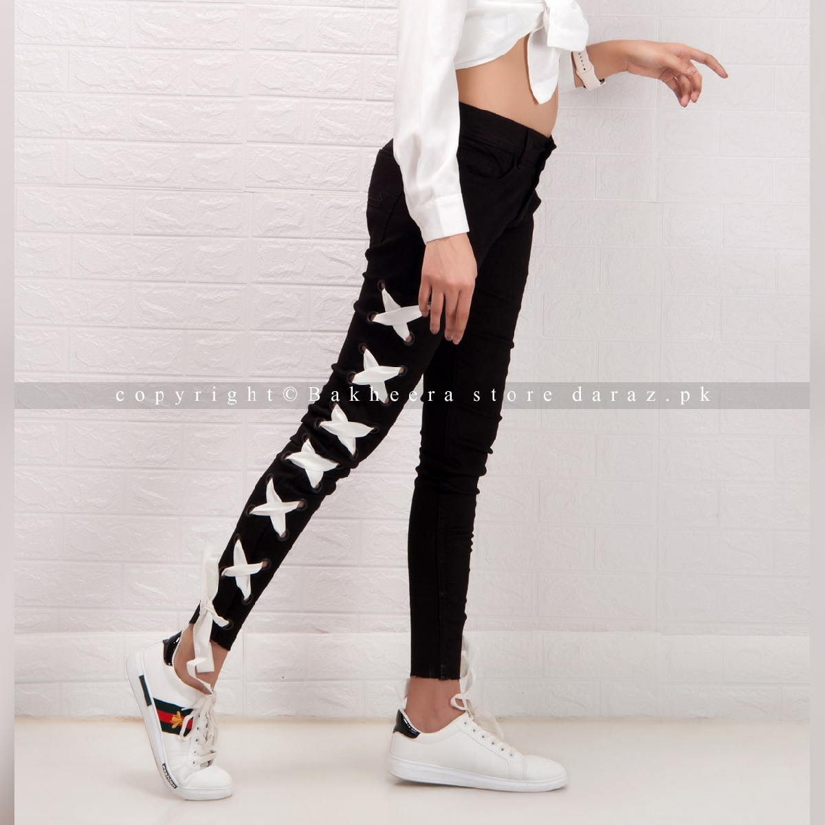 Black lace-up denim jeans with side eyelets for women WJ-01